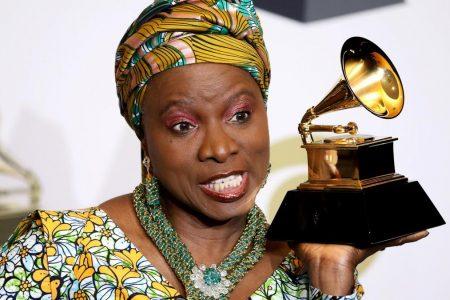 """Premiile Grammy redenumesc categoria de muzica mondiala pentru a evita """"conotatiile colonialismului"""""""