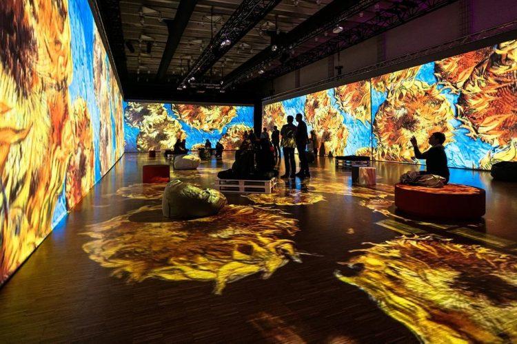 Teatrul de arta digitala din Dubai va permite vizitatorilor sa paseasca in capodoperele lui Van Gogh si Monet